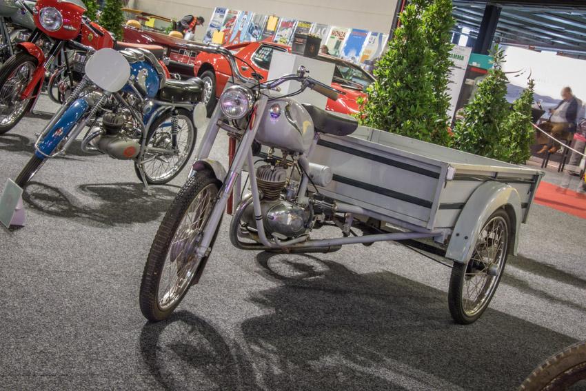 Auto-Retro-2020-95