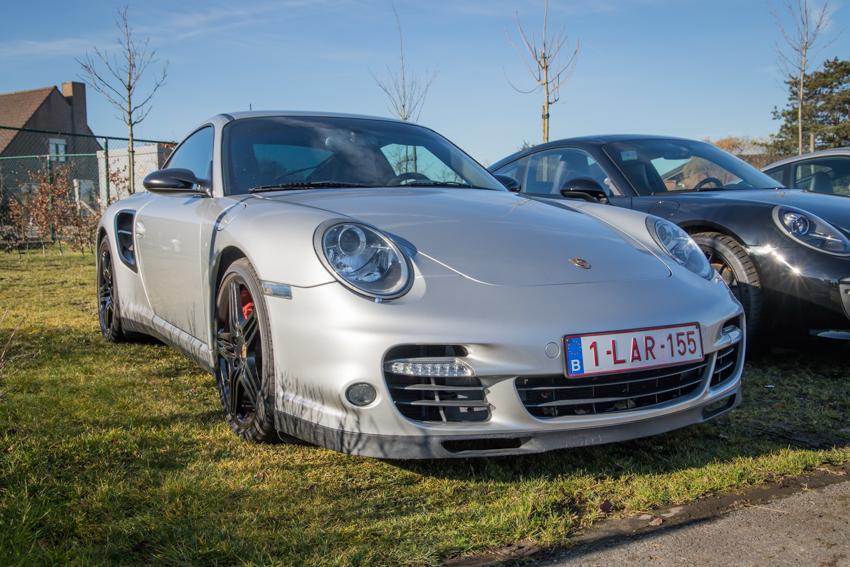 Porsche en kofffie-11.jpg
