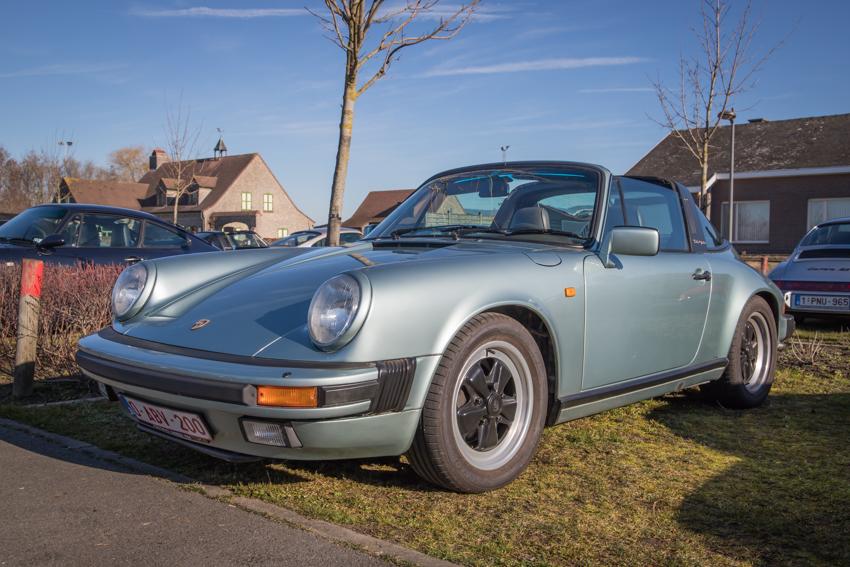 Porsche en kofffie-3.jpg