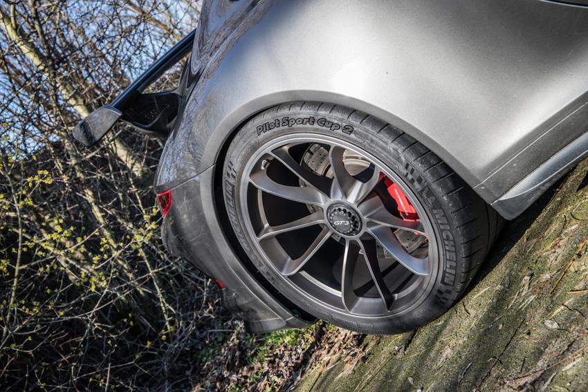 Porsche en kofffie-36.jpg