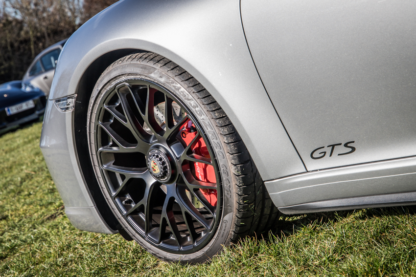 Porsche en kofffie-60.jpg