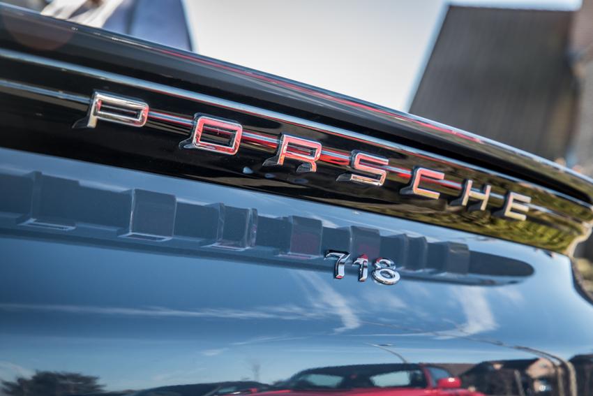 Porsche en kofffie-7.jpg